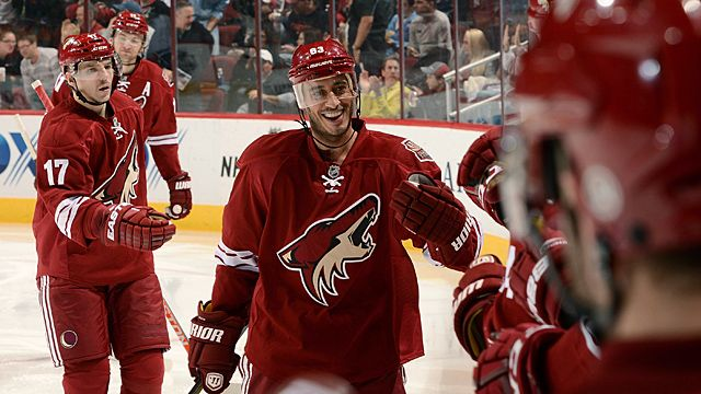 Mike Ribeiro #63, Radim Vrbata #17 and teammates of the Phoenix Coyotes