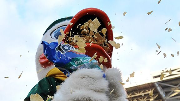 Oregon Ducks mascot Puddles celebrates the Fiesta Bowl in the only proper way