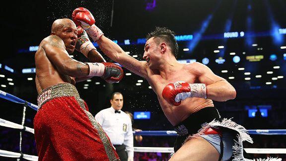 Paulie Malignaggi punches Zab Judah