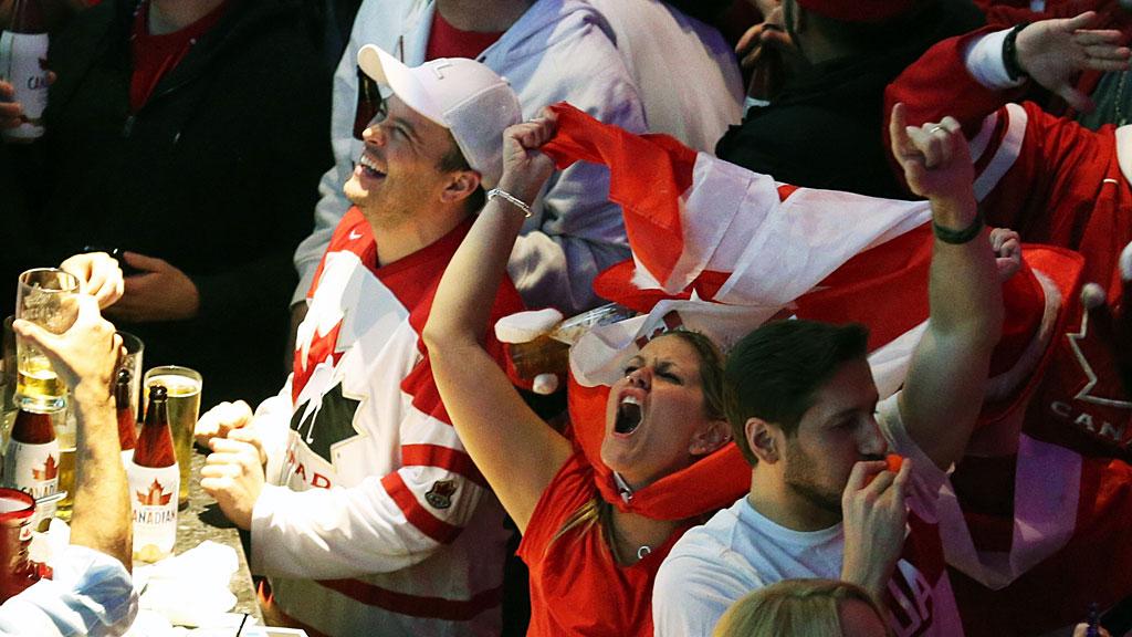 Canada-Bar-Gold-SL-TRI