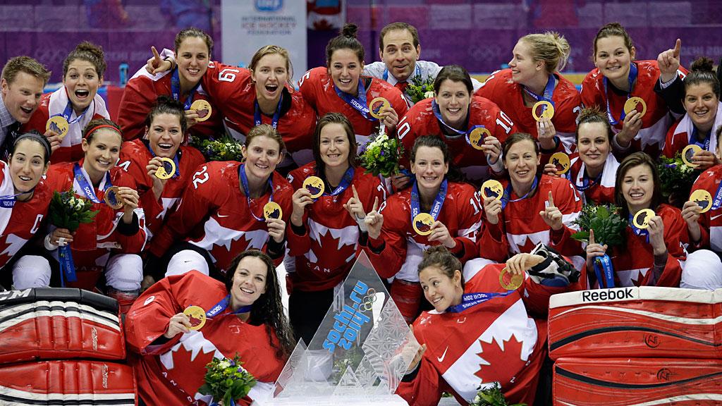 Canada-Womens-Gold-SL-TRI