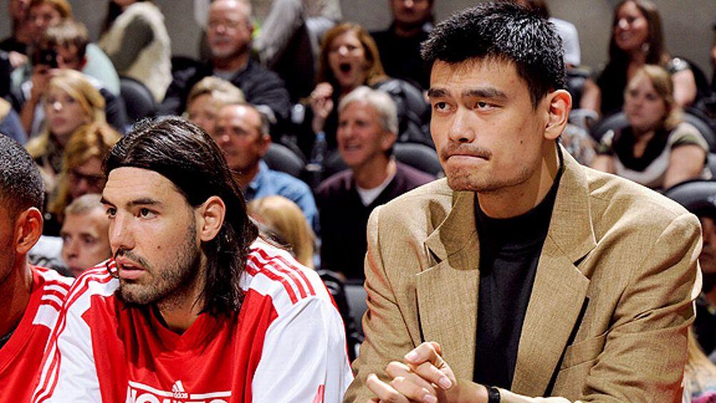 Luis Scola, Yao Ming