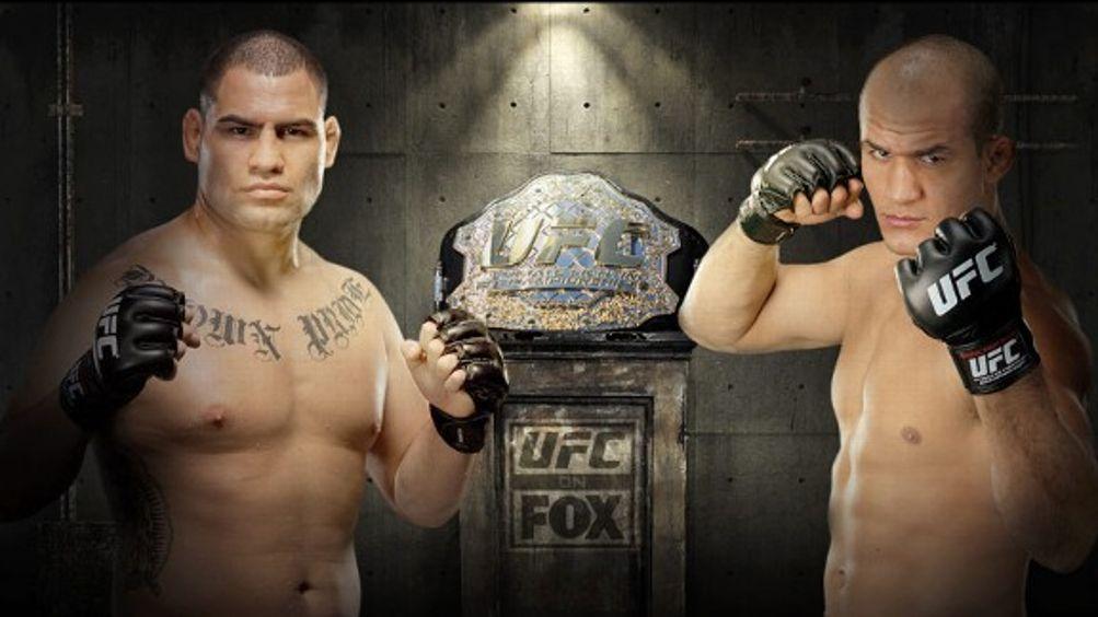Cain Velasquez versus Junior dos Santos
