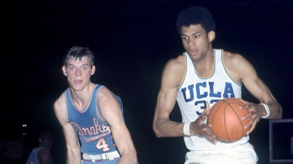 The 50 Greatest College Basketball Players of All Time