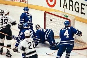 Toronto Maple Leafs goalie Felix Potvin