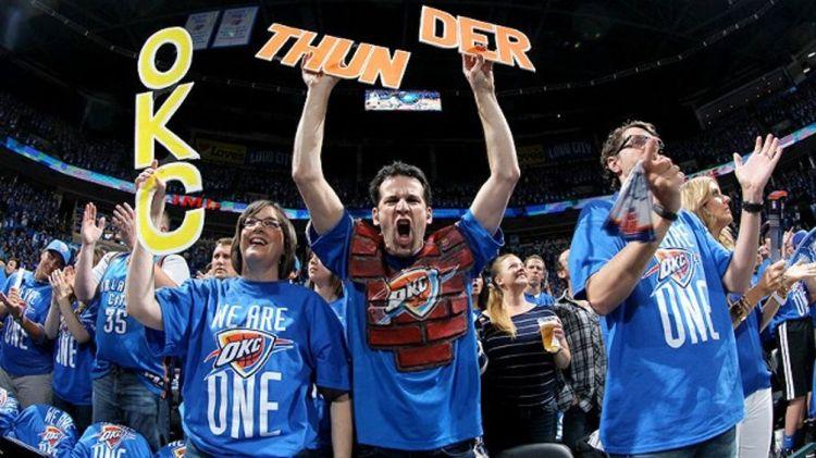 Oklahoma City Thunder fans
