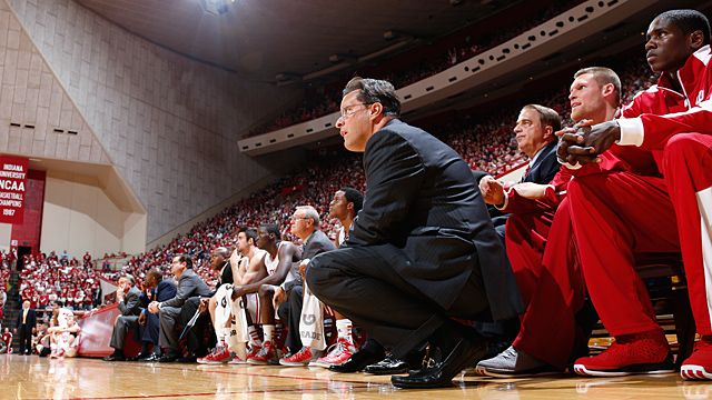 Indiana Hoosiers head coach Tom Crean