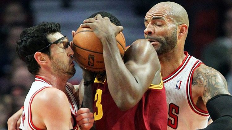 Kirk Hinrich and Carlos Boozer