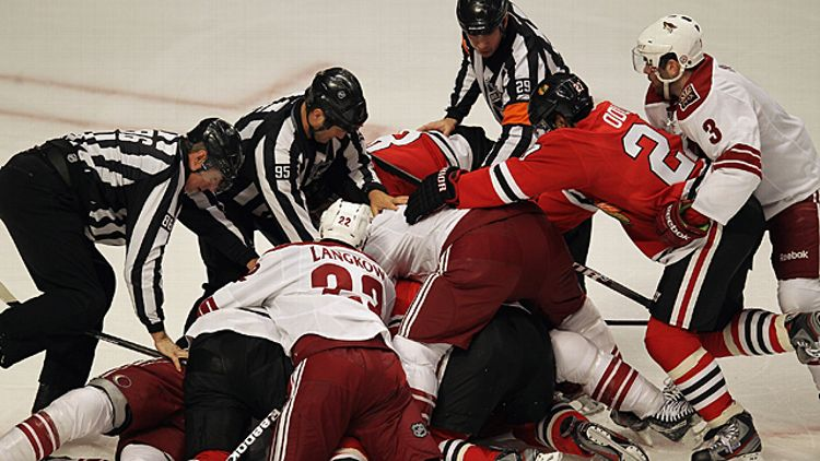 Chicago Blackhawks and the Phoenix Coyotes fight