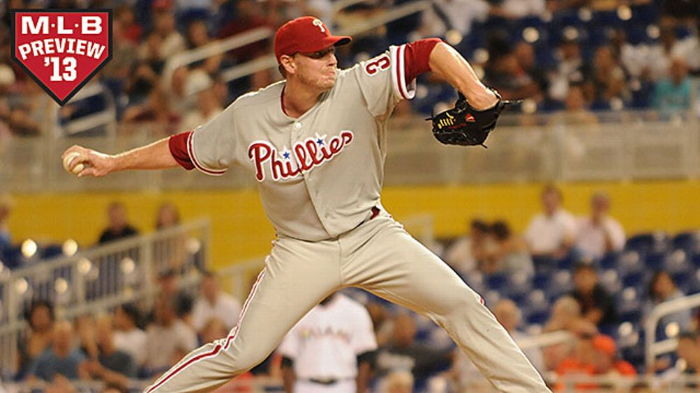 Roy Halladay #34 of the Philadelphia Phillies pitches against the Miami Marlins at Marlins Park on September 29, 2012 in Miami, Florida.