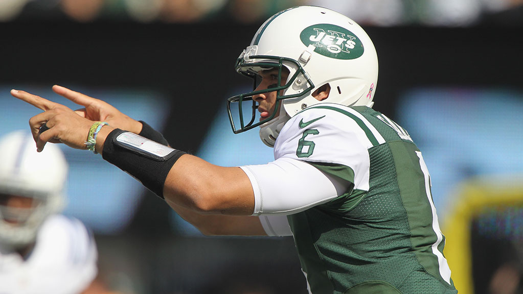 Quarterback Mark Sanchez #6 of the New York Jets calls a play against the Indianapolis Colts when the New York Jets host the Indianapolis Colts at MetLife Stadium on October 14, 2012 in East Rutherford, New Jersey. (Photo by Al Pereira/New York Jets/Getty Images)