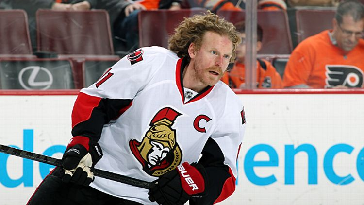 Daniel Alfredsson #11 of the Ottawa Senators