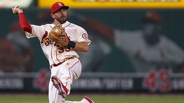 Daniel Descalso #33 of the St. Louis Cardinals