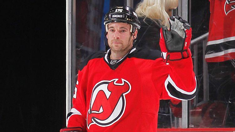 Steve Sullivan #15 of the New Jersey Devils