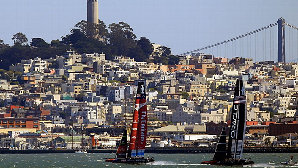 Emirates Team New Zealand and Oracle Team USA