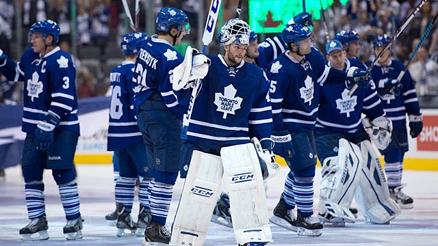 Toronto Maple Leafs goaltender Jonathan Bernier