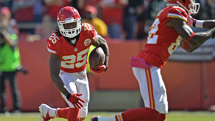 Running back Jamaal Charles #25 of the Kansas City Chiefs