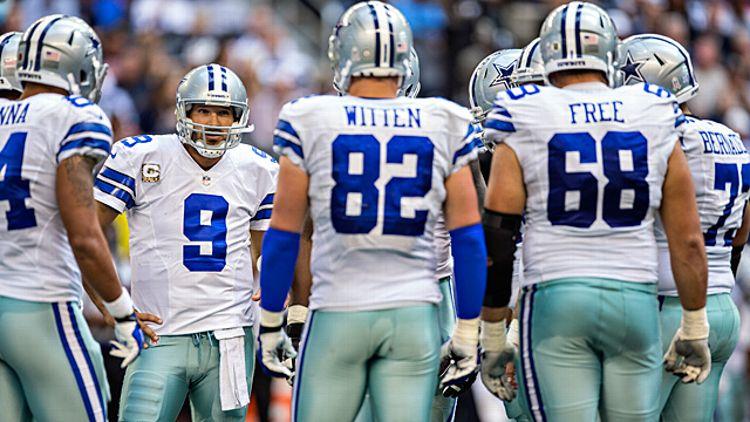 Tony Romo #9 of the Dallas Cowboys