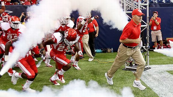 Houston Cougars coach Tony Levine
