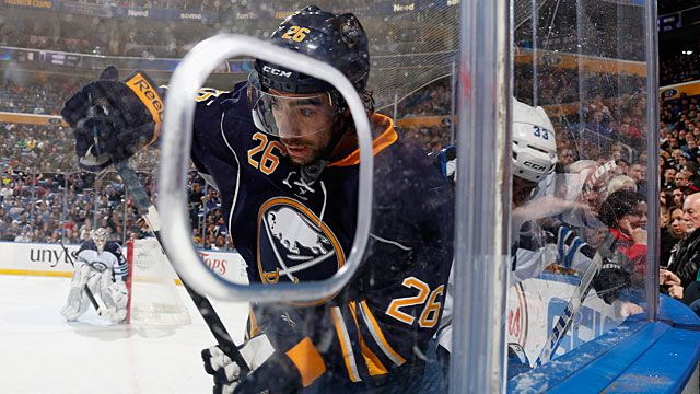 Matt Moulson #26 of the Buffalo Sabres
