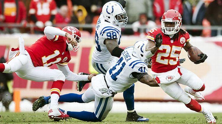 Kansas City's Jamaal Charles versus Indianapolis