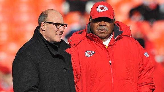Scott Pioli and Romeo Crennel