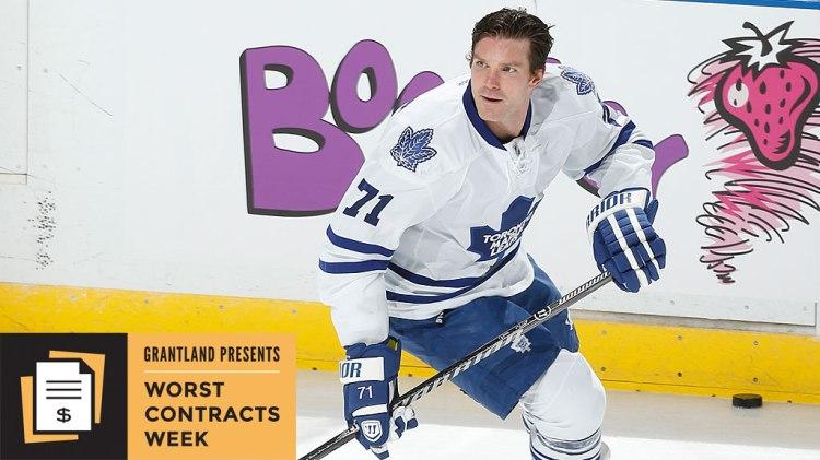 David Clarkson #71 of the Toronto Maple Leafs