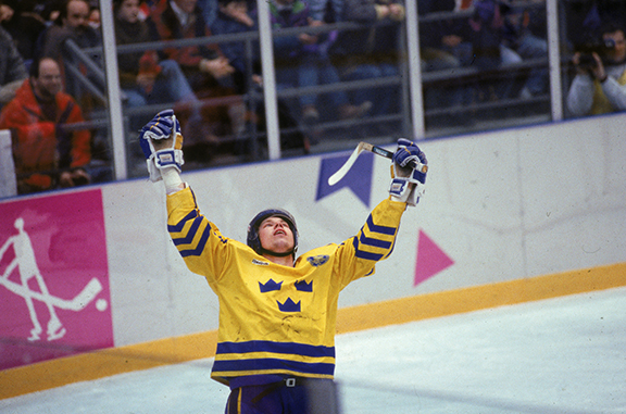 Forsberg Scores Shootout Goal At 1994 Winter Olympics