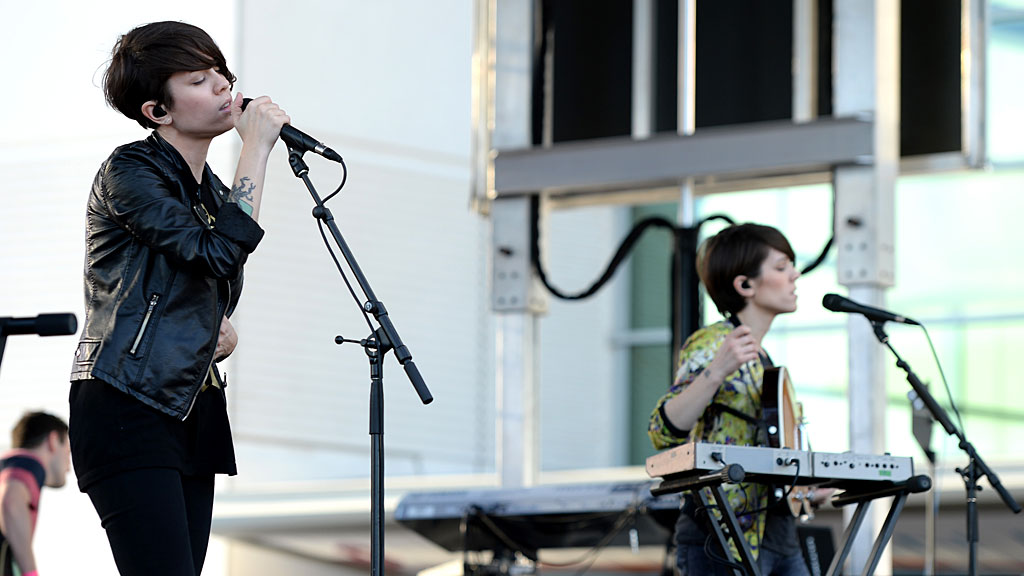 Tegan-Sara-SL-Hollywood