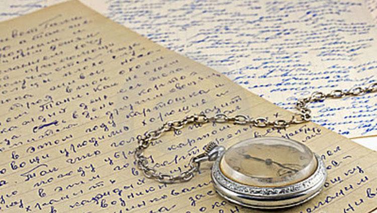 pocket-clock-old-letters-21194809