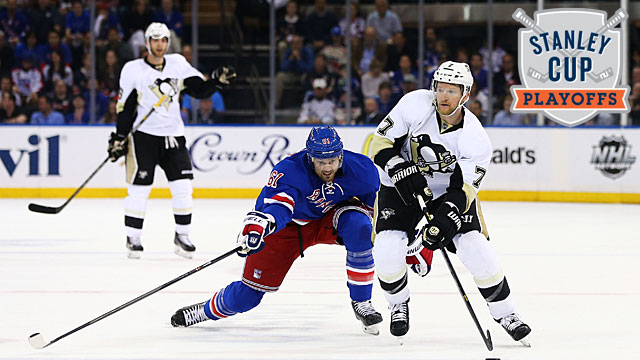 Rick Nash #61 of the New York Rangers and Paul Martin #7 of the Pittsburgh Penguins