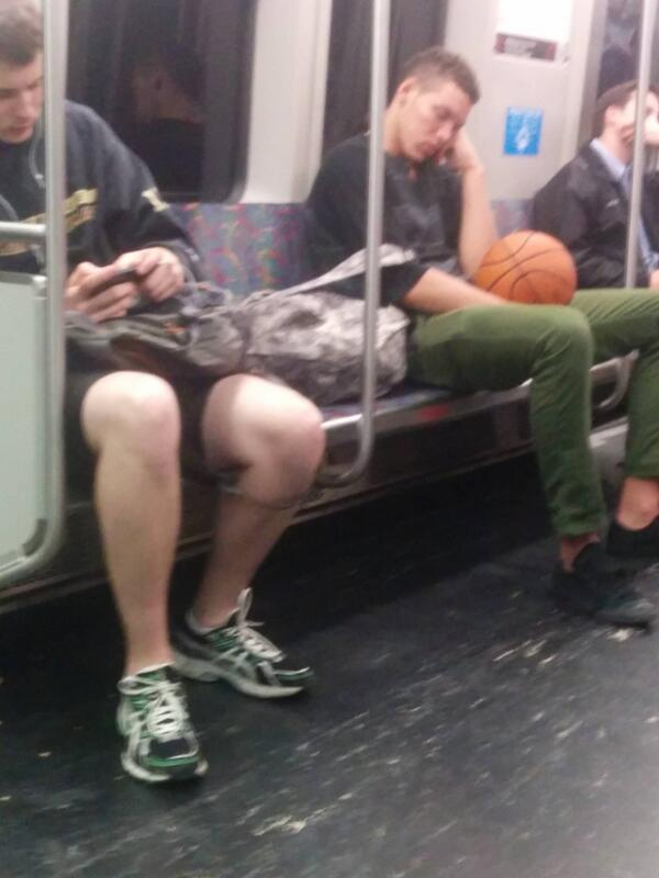aaron-gordon-sleeping-on-the-red-line