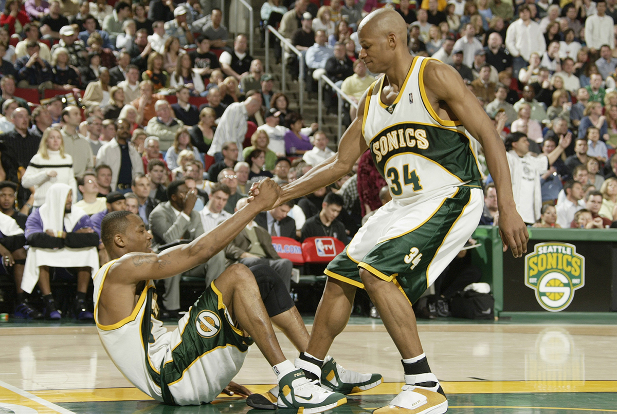 Sacramento Kings v Seattle SuperSonics
