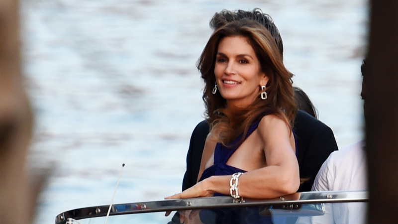 HP_getty_clooney_wedding_cindy_crawford_800