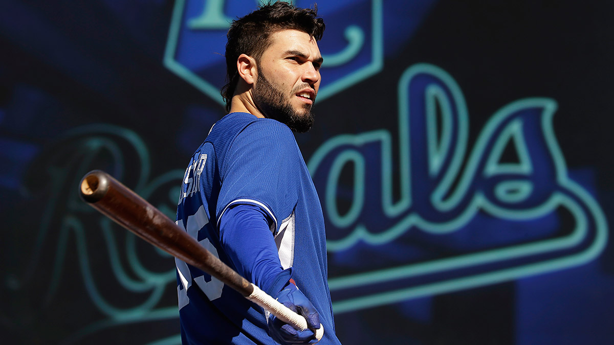 eric-hosmer-royals-world-series-tri