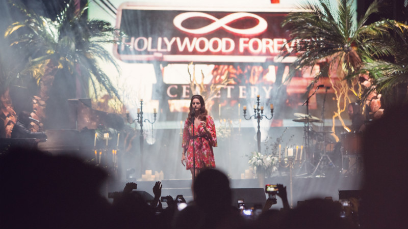 HP_lana_del_rey_hollywood_forever_shannon_cottrell_800
