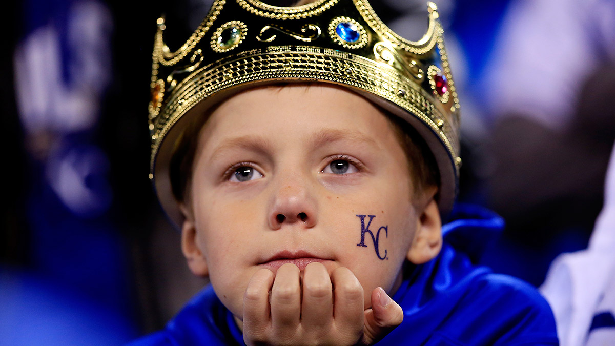 sad-royals-fan-tri