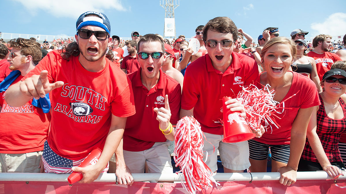 south-alabama-fans-tri