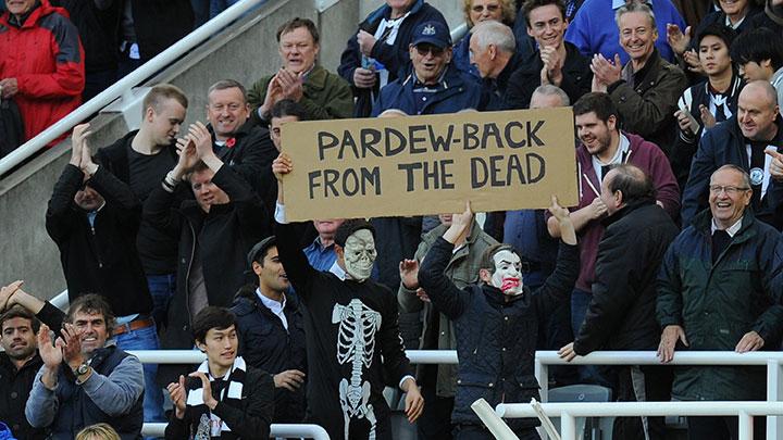pardew-skeleton-fans