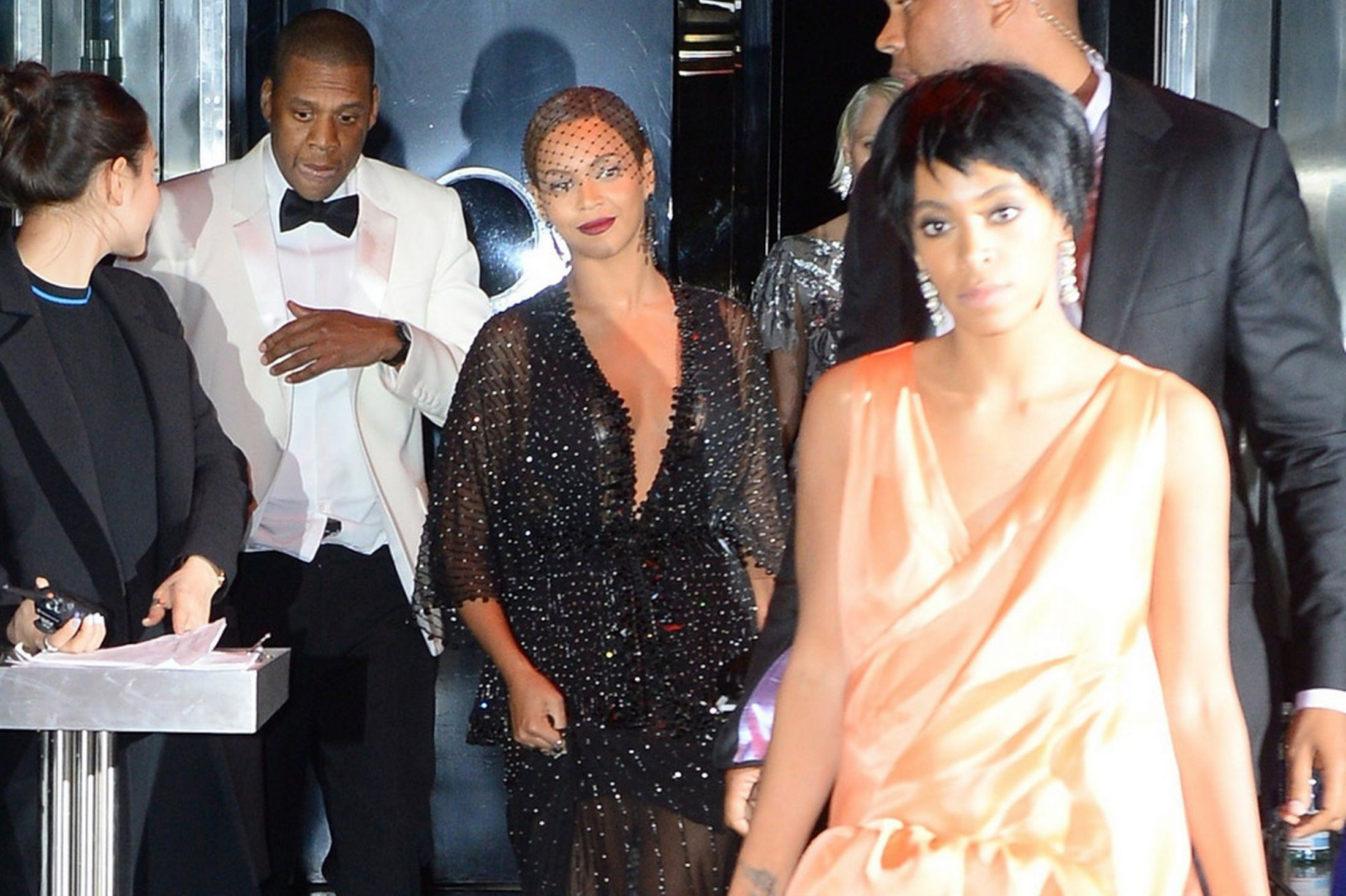 Beyonce-Jay-Z-and-Solange