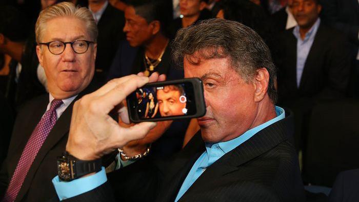 stallone-sylvester-selfie-macau