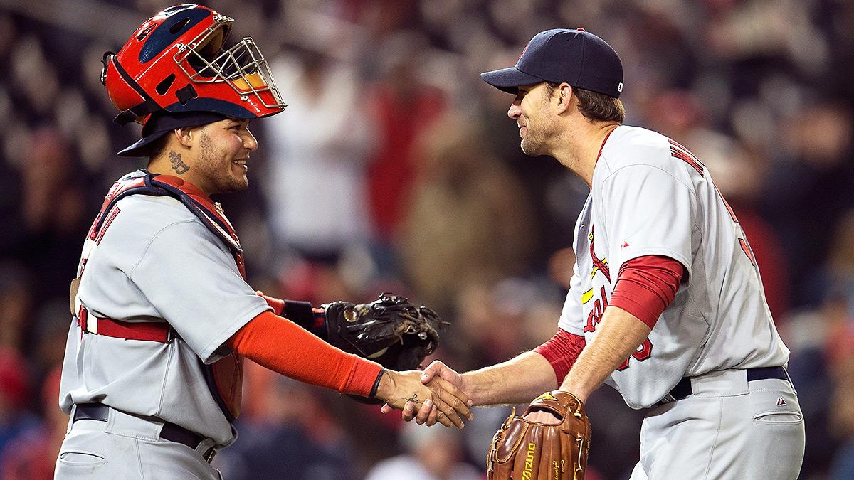 yadier-molina-adam-wainwright-cardinals
