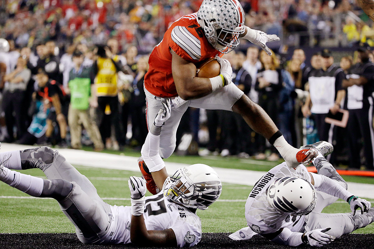 ezekiel-elliott-ohio-state-oregon_tri