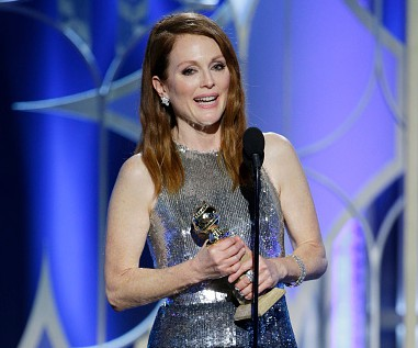 moore_julianne_goldenglobes