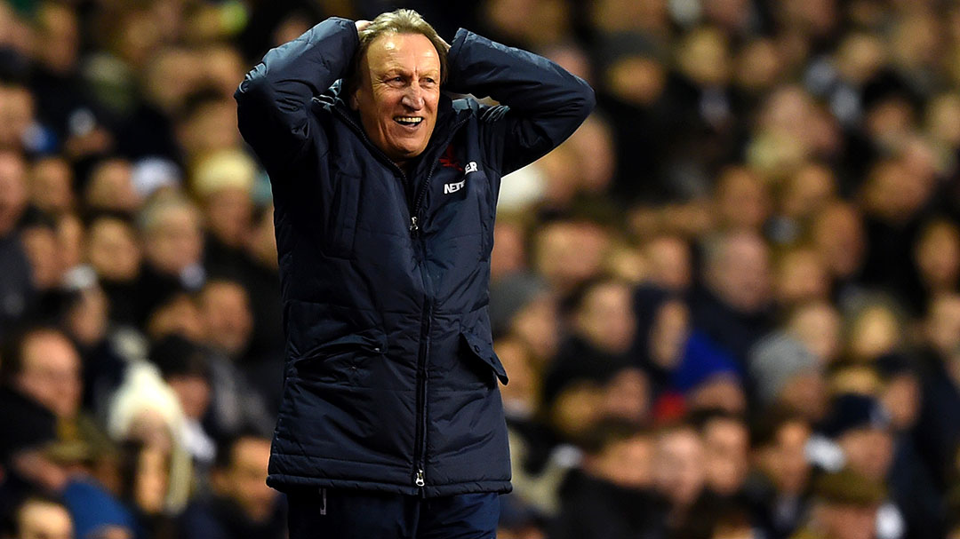 neil-warnock-hands-on-head
