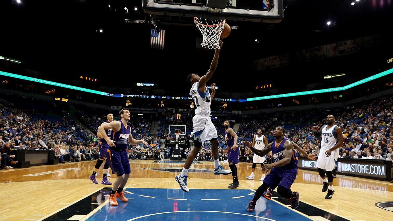 Phoenix Suns v Minnesota Timberwolves