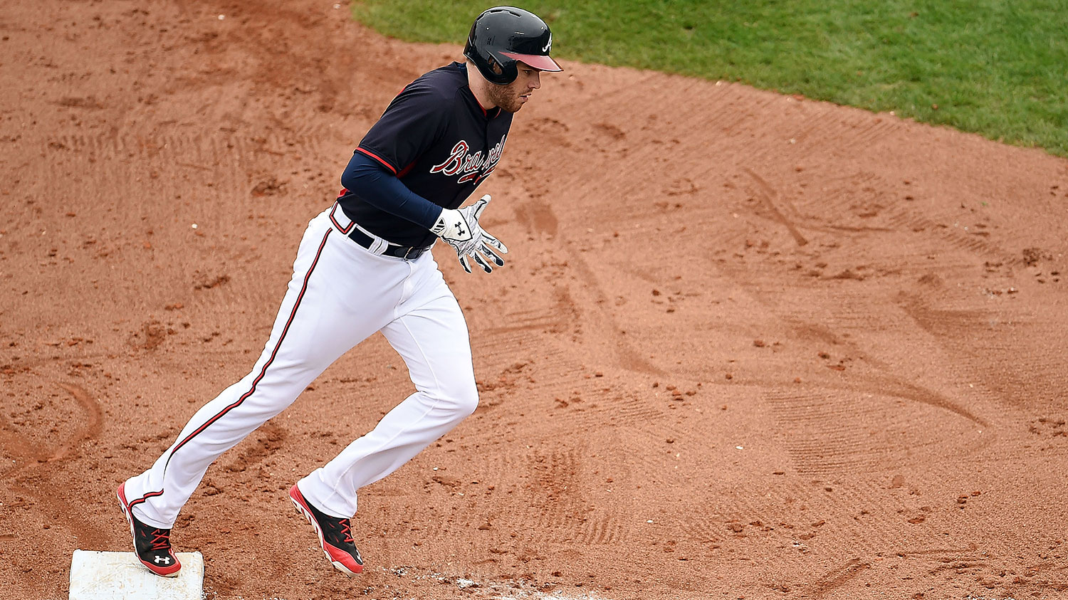 freddie-freeman-third-base