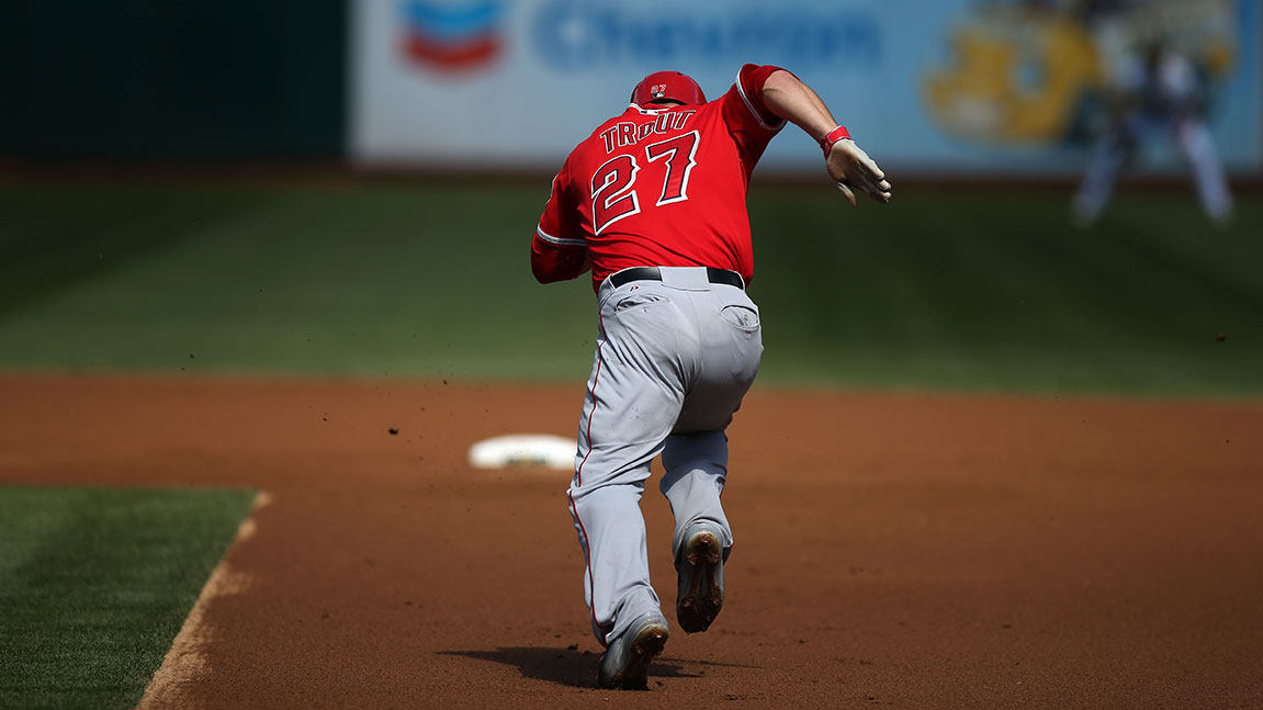 mike-trout-run