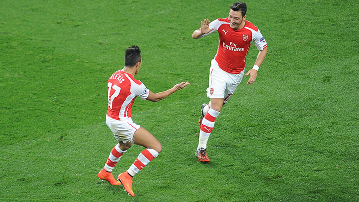 ozil-sanchez-celebration