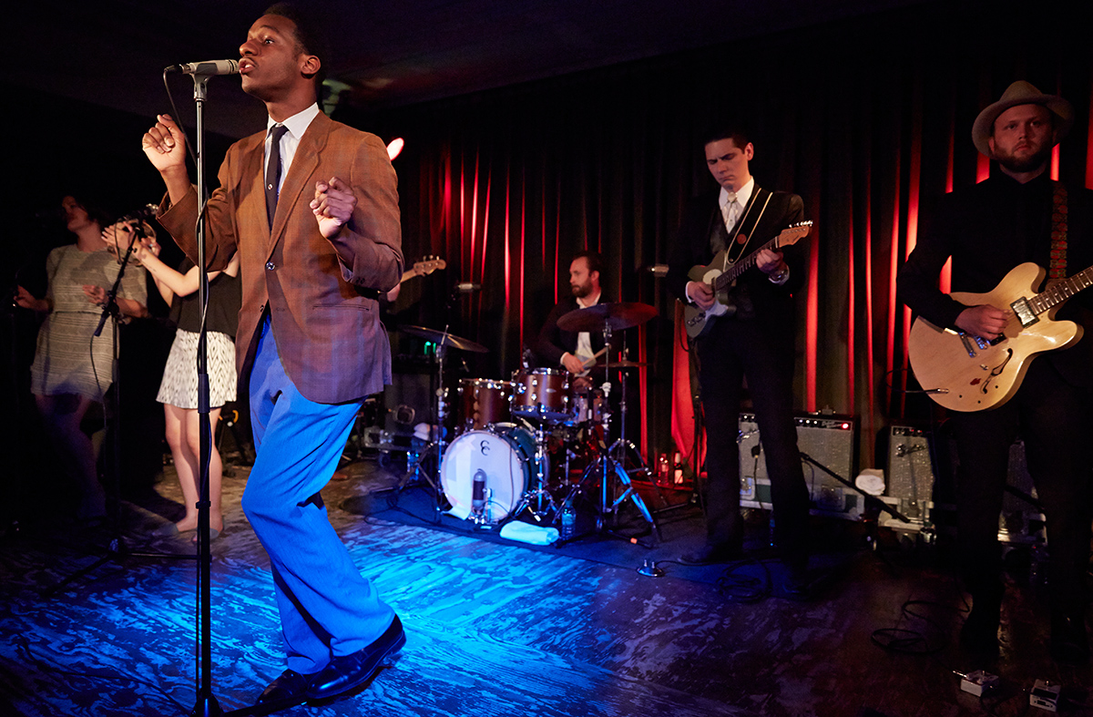 Leon Bridges Performs In Berlin